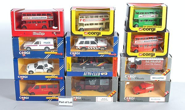 1001: Corgi 1980s Issue Buses