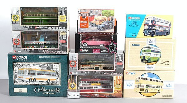 1020: Corgi Classics - A Group of Buses