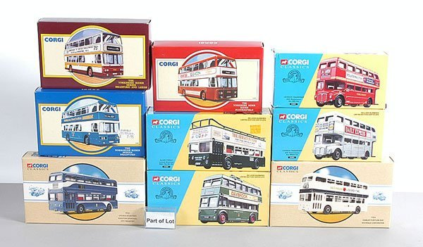 1022: Corgi Classics - A Collection of Buses
