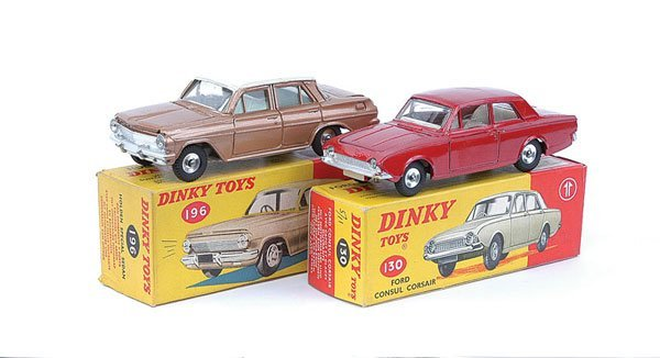 3013: Dinky Holden & Ford Cars