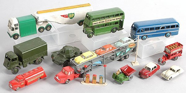 21: Dinky, Matchbox, Budgie - Cars and Commercials