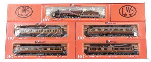 3003: Rivarossi No.312 LMS Royal Scot Train Pack