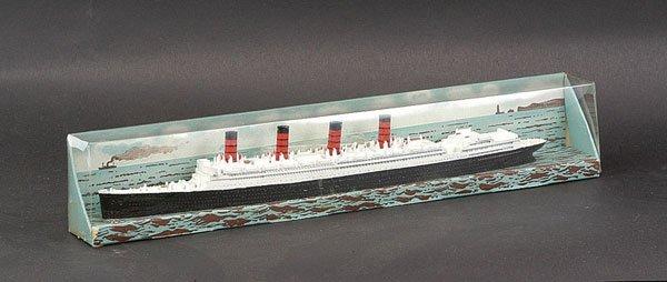"""16: Triang Minic Ships M705 RMS """"Aquitania"""""""