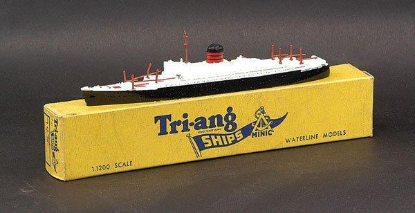 "19: Triang Minic Ships M708 RMS ""Saxonia"""