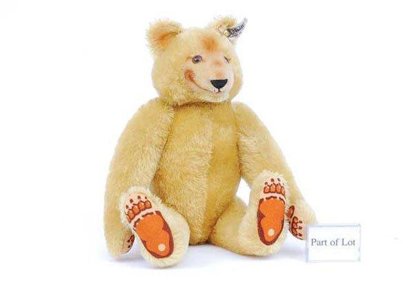 2005: Steiff Dicky 1930 Golden Mohair Bear Replica