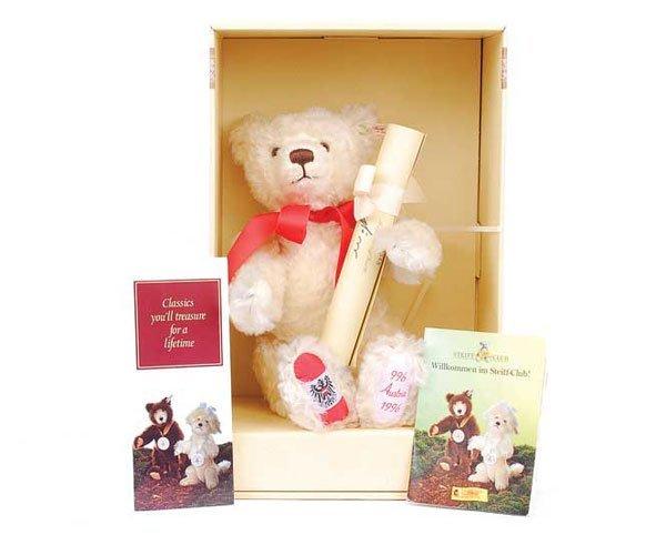 2020: Steiff Millennium Bear Austria 1996