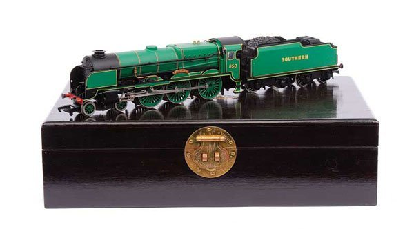 "4009: Bachmann 31-400 4-6-0 No.850 ""Lord Nelson"""