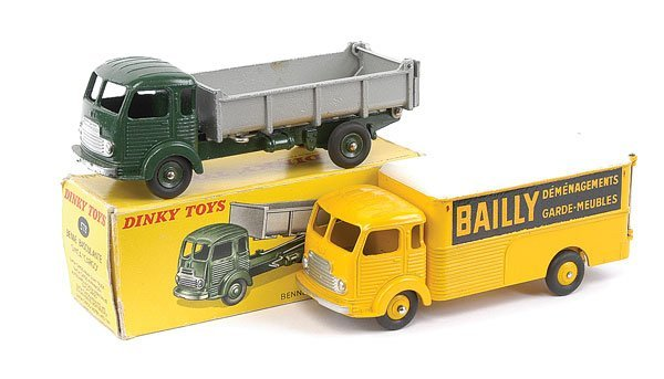2010: French Dinky - A Pair of Simca Trucks