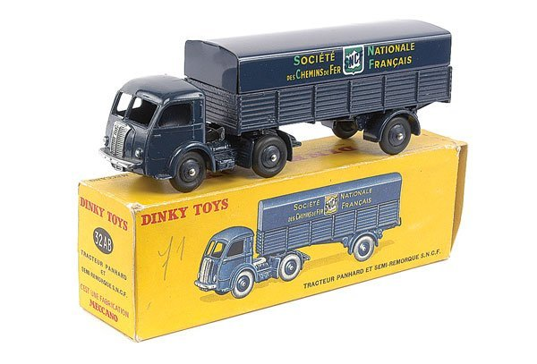 "2011: French Dinky No.32AB Panhard Truck ""SNCF"""