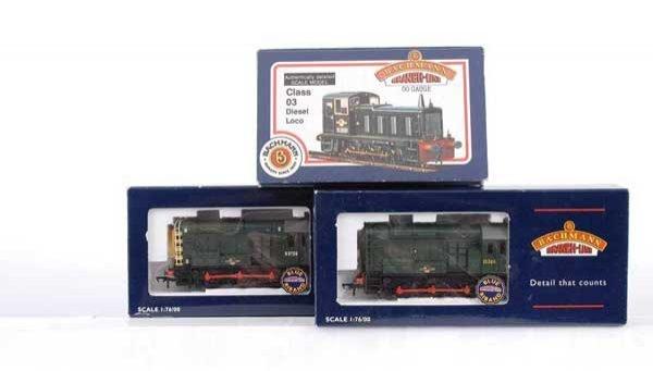 3012: Bachmann - 3 x 0-6-0 BR Green Diesel Shunters