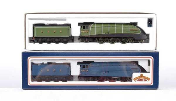 3013: Bachmann - 2 x 4-6-2 LNER A4 Class Locos