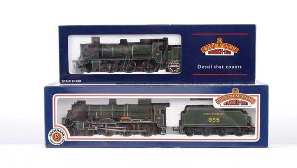 3020: Bachmann - 2 x SR Olive Green Steam Locos