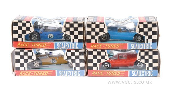 1018: Scalextric Race-tuned Cars x 4