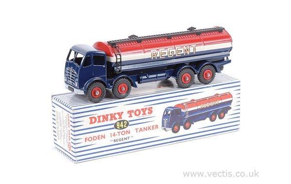 1277: Dinky No.942 Foden 14-ton Regent Tanker