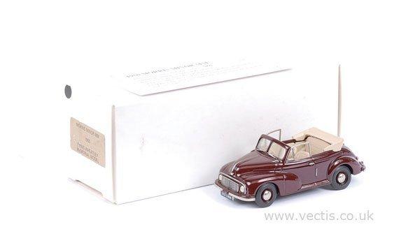 2028: Pathfinder Models Morris Minor Convertible 1950