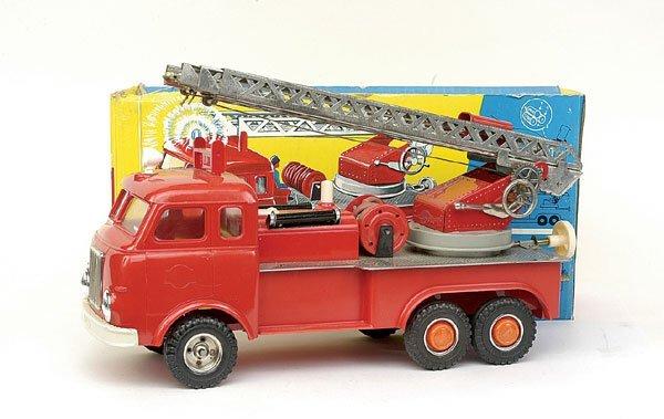 602: Gama 6-wheeled Turntable Fire Engine