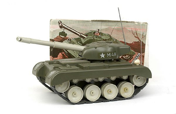613: Gama No.9951 Military Tank