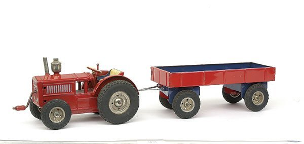 621: Gama Wind-up clockwork Tractor and Trailer