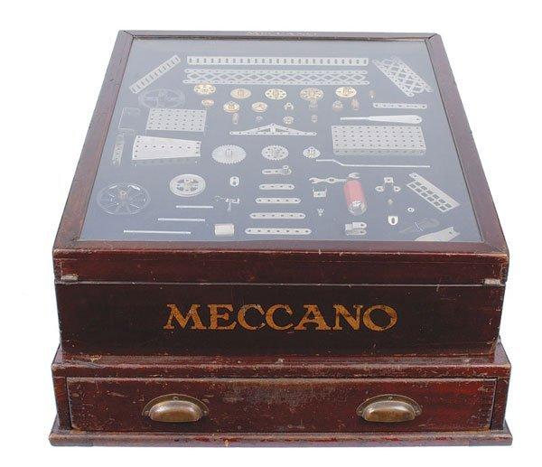 "4001: Meccano 1920s ""Garden Frame"" Display Cabinet"