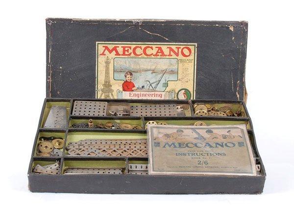 4011: Meccano c.1920 No.5 Nickel Outfit