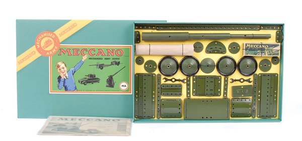 """4013: Meccano """"MA"""" Mechanised Army Outfit c.1939"""