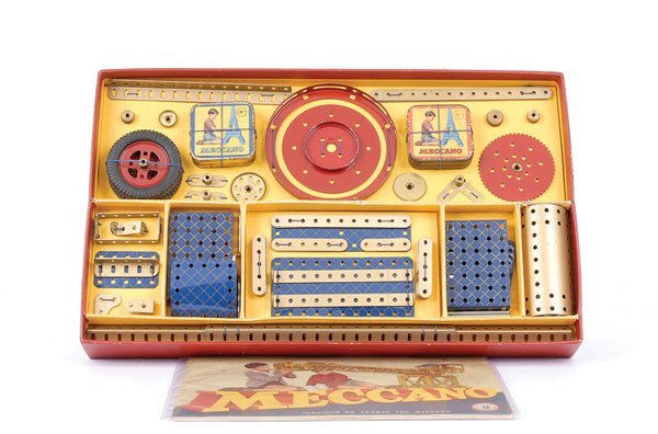 4021: French Meccano No.8A Blue and Gold Set