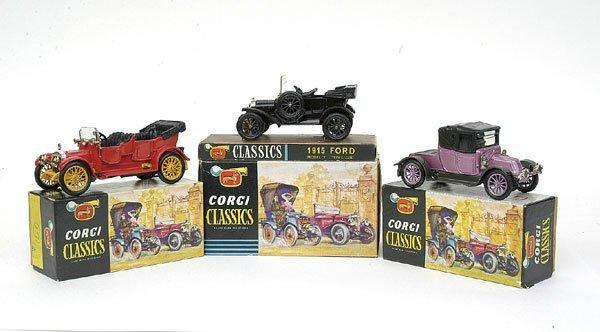 1522: Corgi Classics Original Issues - a group of 3