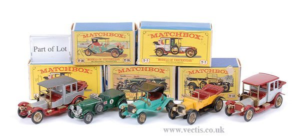 1018: Matchbox MOY - A Group of Cars