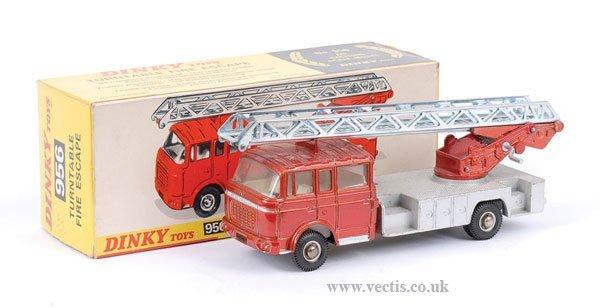 2020: Dinky No.956 Berliet Turntable Fire Escape