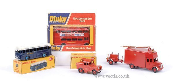 2022: Dinky - A Group of Buses & Other Models