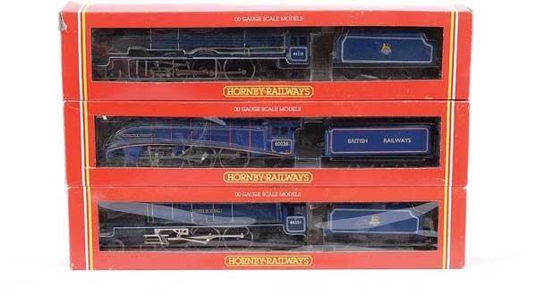 4012: Hornby - 3 x 4-6-2 BR Blue Steam Locos