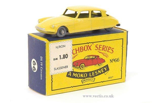1001: Matchbox No.66a Citroen DS19