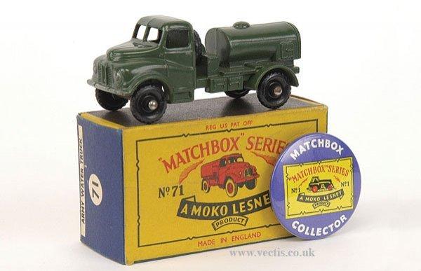 1002: Matchbox No.71a Austin 200 Gallon Water Truck