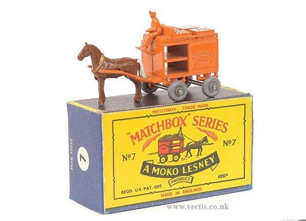1003: Matchbox No.7a Horsedrawn Milk Float