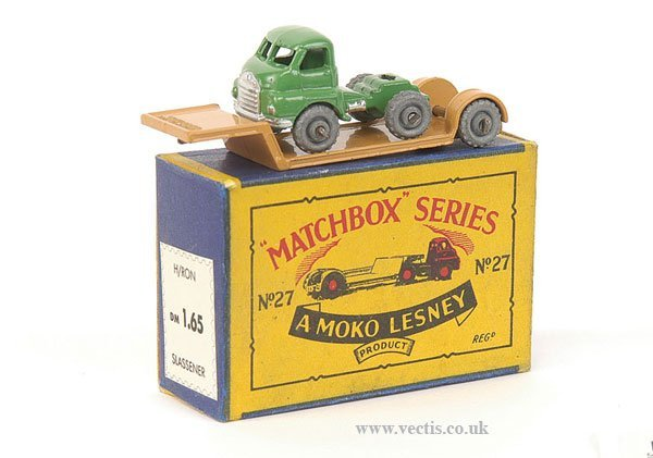 1005: Matchbox No.27a Bedford Lowloader
