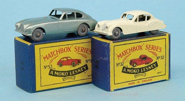 1009: Matchbox No.32a Jaguar XK140
