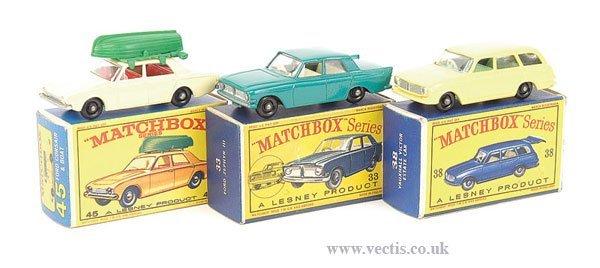 1021: Matchbox Regular Wheels - A Group of Cars