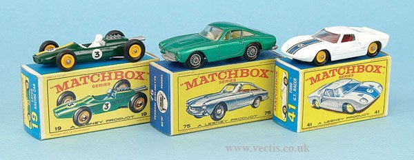 1022: Matchbox Regular Wheels Sports and Racing Cars