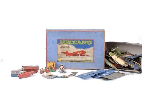 4023: Meccano Constructor Aeroplane Parts