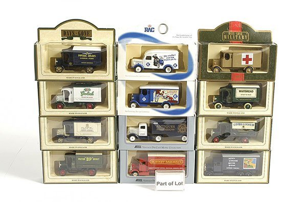3020: Lledo Days Gone Assorted Commercial Vehicles