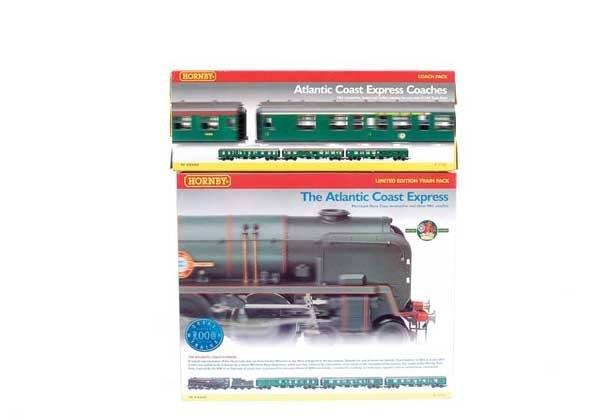 """4003: Hornby R2194 """"The Atlantic Coast Express"""" Pack"""