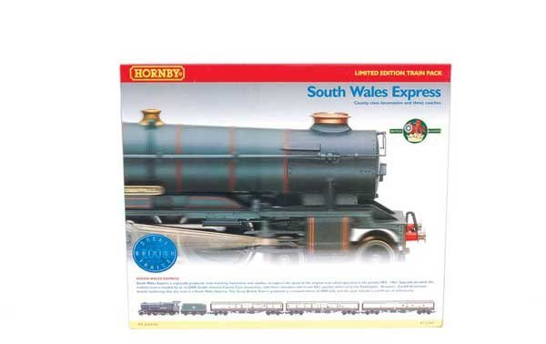 """4005: Hornby R2166 """"South Wales Express"""" Train Pack"""