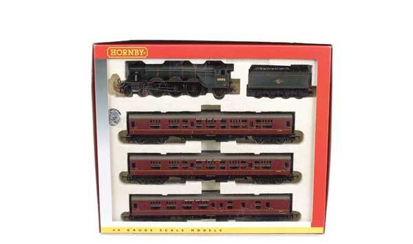 """4006: Hornby R2195M """"The Master Cutler"""" Train Pack"""