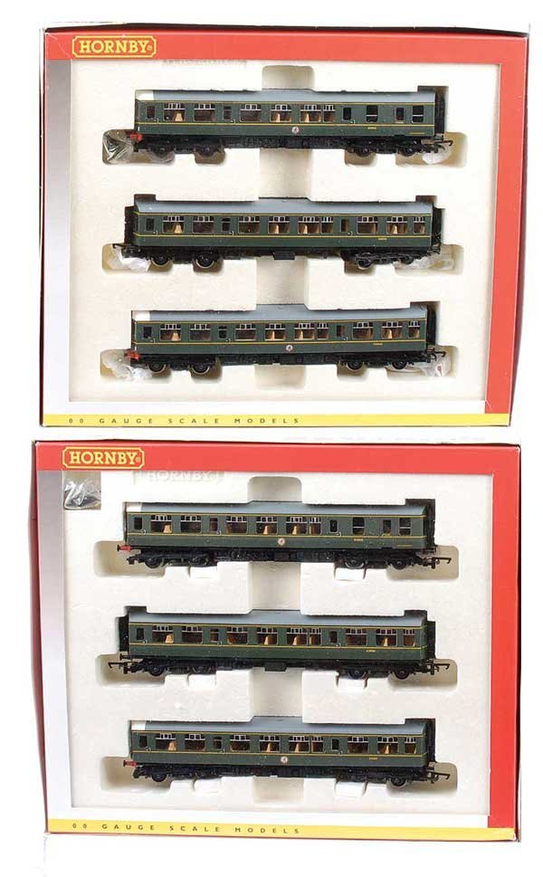 4008: Hornby 3-car Class 110 Diesel Multiple Units x 2