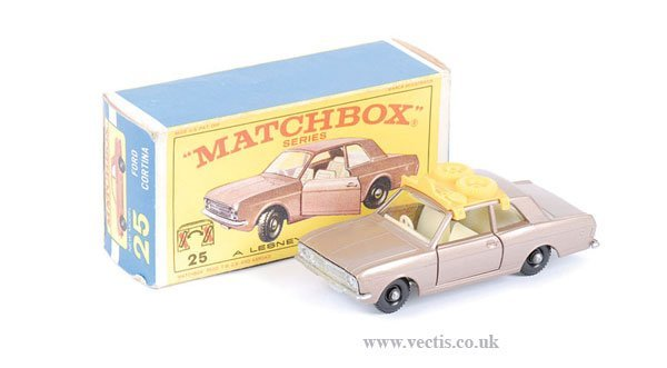 1001: Matchbox No.25d Ford Cortina