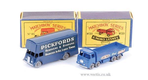 """1012: Matchbox No.20b ERF """"Ever Ready"""" Truck"""