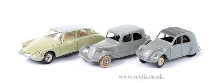 2091: French Dinky No.24N Citroen 11BL & Others