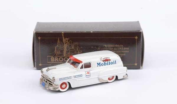 """3021: Brooklin No.31a 1953 Pontiac Sedan """"Secony"""""""