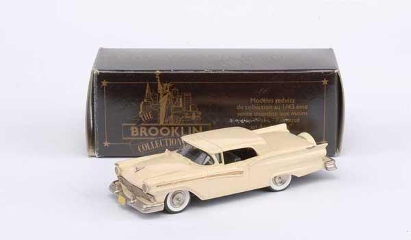 3026: Brooklin No.BRK35 1957 Ford Fairlane Skyliner