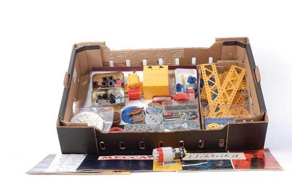 4005: Meccano Elektrikit and Electronic Control Parts